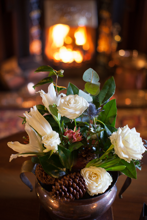 wedding flowers the lodge on loch goil scotland