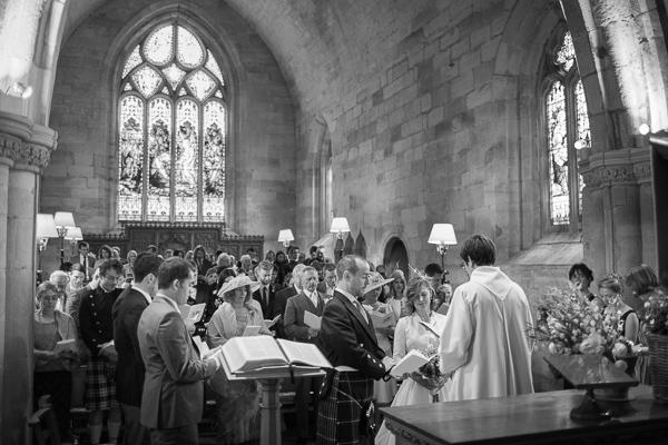 wedding photographer edinburgh scottish church ceremony
