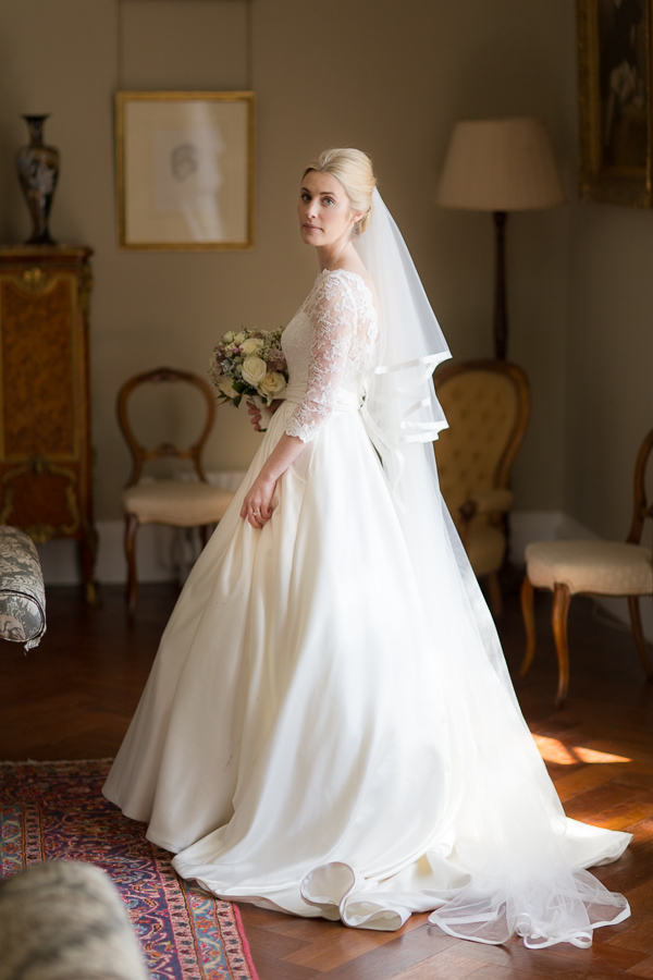 wedding at boturich castle photos beautiful bride