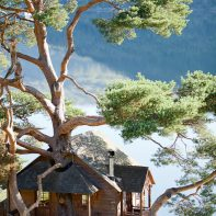 tree house on loch goil scotland mountains architecture photography