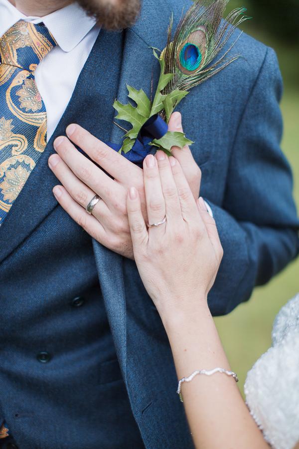 hands and weddings rings