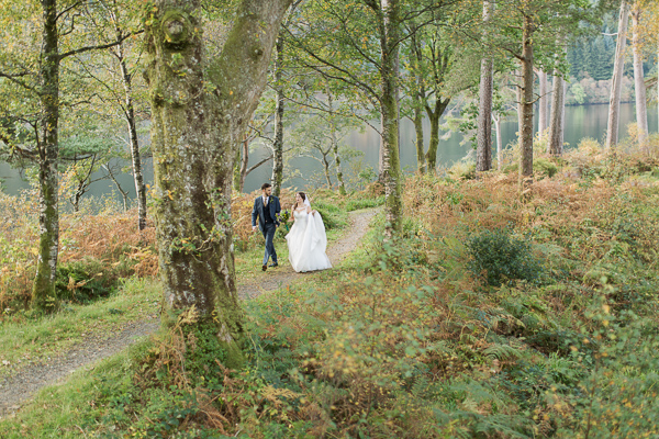 weddign photography service glasgow bride and groom forest photo