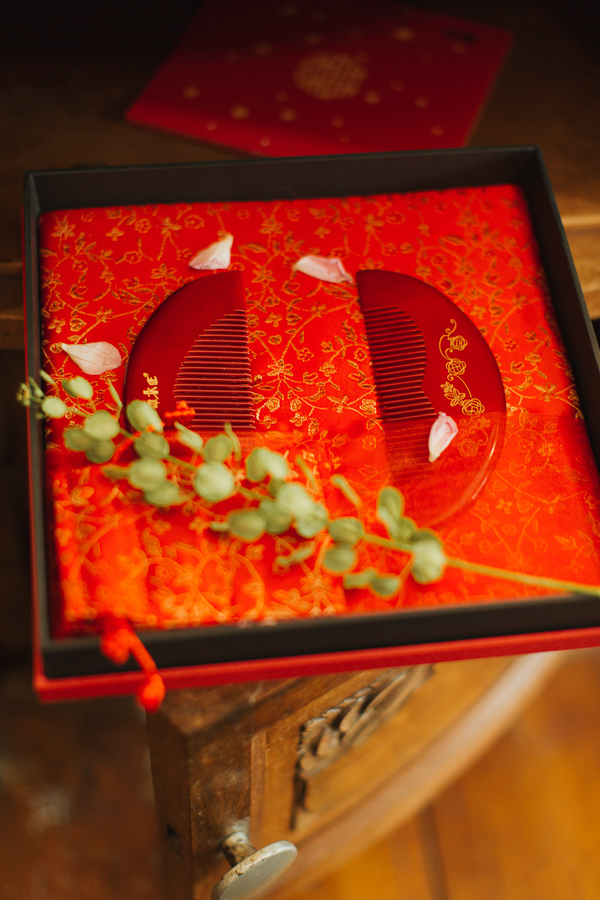 traditional chinese wedding hairbrushes