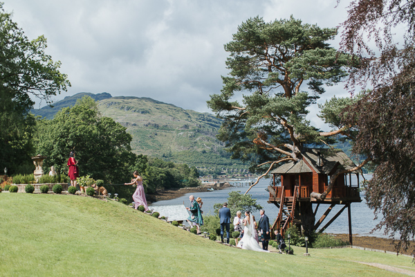 guests with newlyweds loch goil