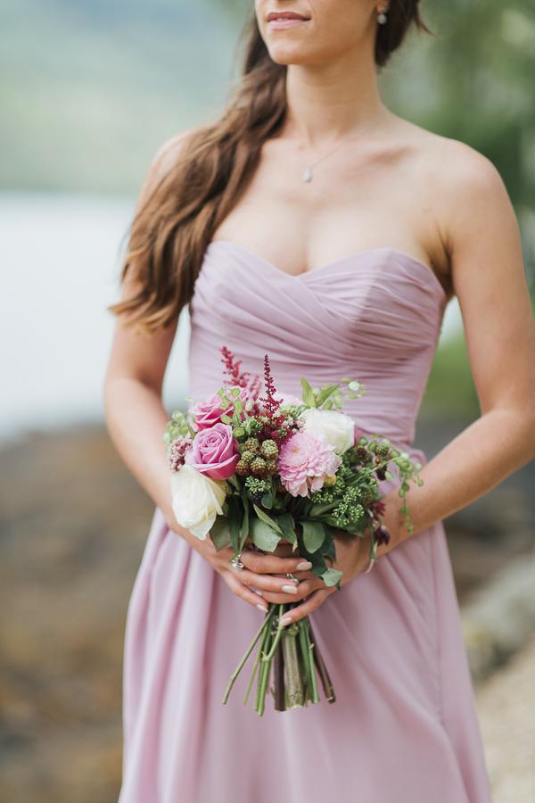 bridesmate holding flowers