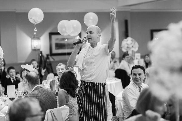 singing waiter starting