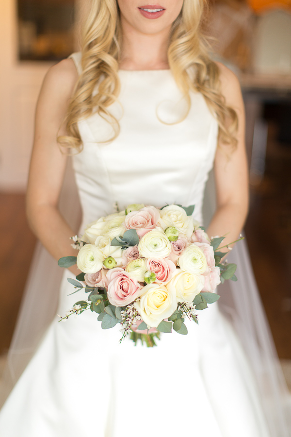 wedding bouquet made by scottish florist glasgow