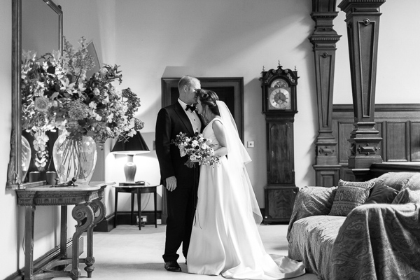 dundas castle wedding photos couple embraced