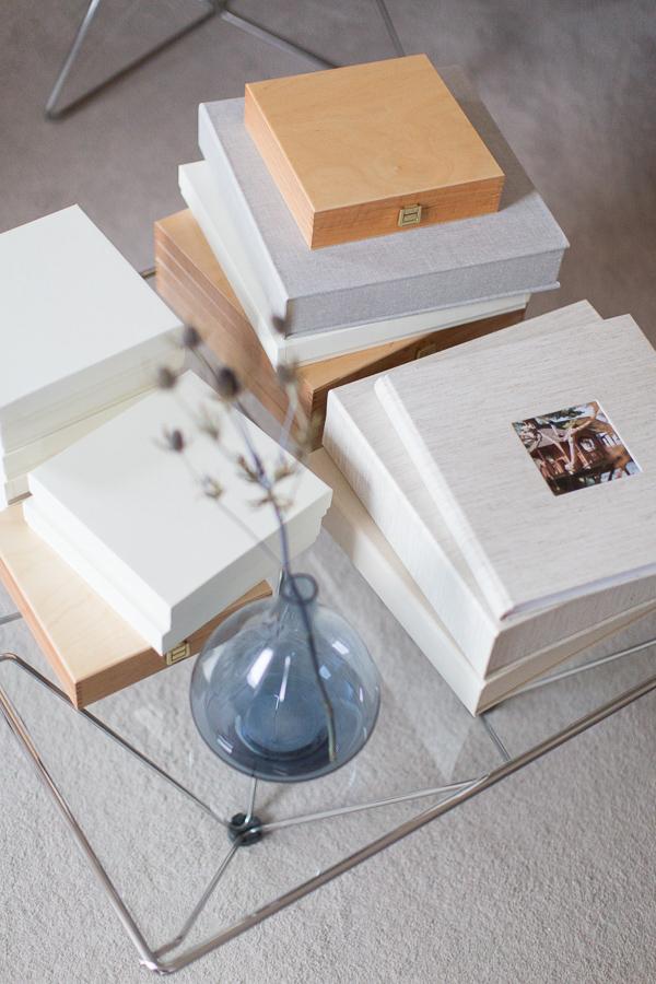 a sleection of Wedding Albums Scotland on a table