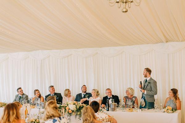 best man speaking at the wedding