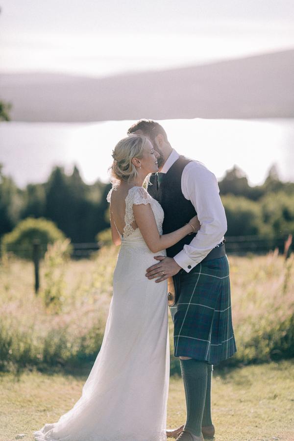 evening wedding shots loch lomond