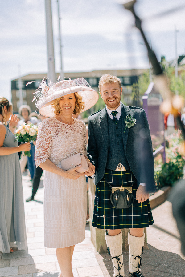 mother and brother of the bride parish church helensburgh