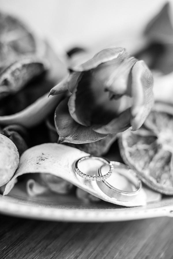 wedding rings detail fotogenic of scotland