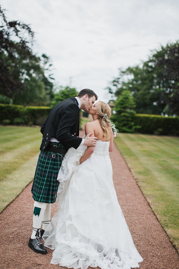 wedding photos lochgreen hotel troon scotland