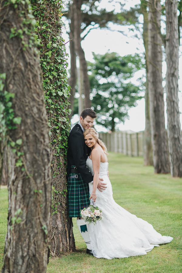 wedding photos glasgow and edinburgh scotland