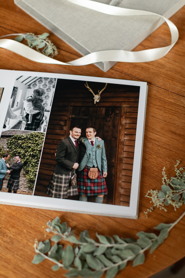 wedding albums from Glasgow Scotland boturich castle
