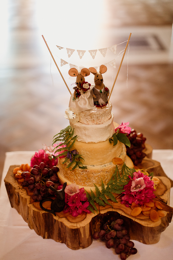 funny wedding cheese cake