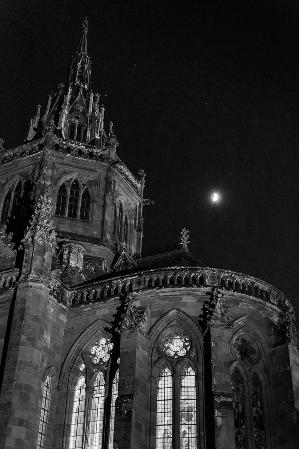 evening photo of mount stuart chapel