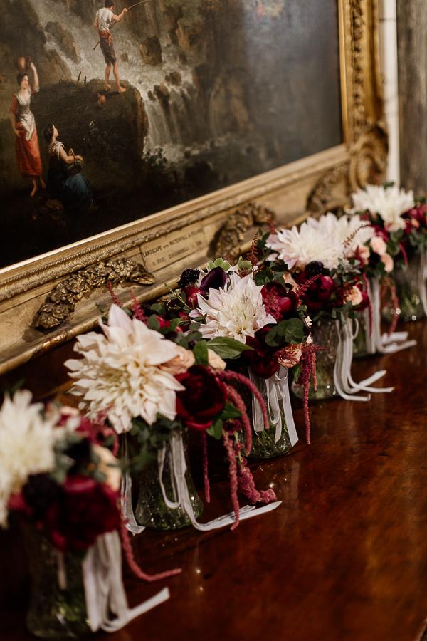 wedding flowers, bridesmates