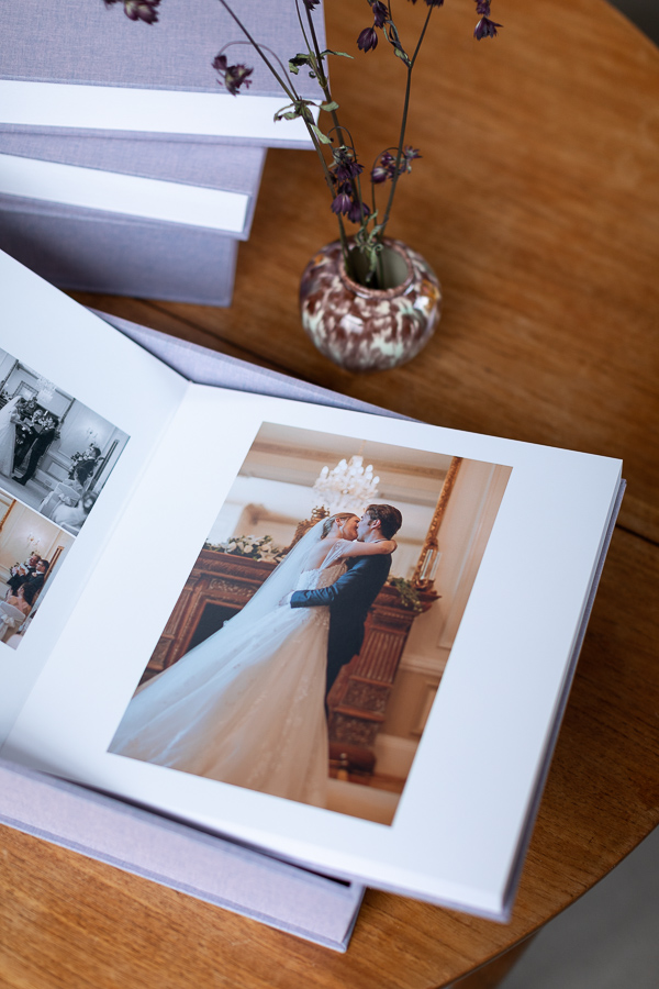 Wedding Photographers Edinburgh Albums 36