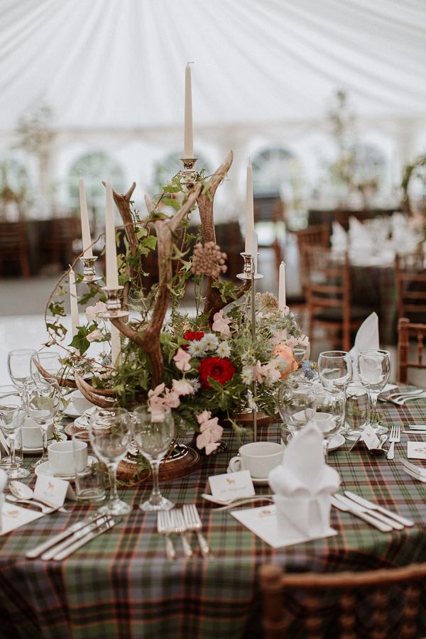 scottish style wedding decorations during soarn castle wedding