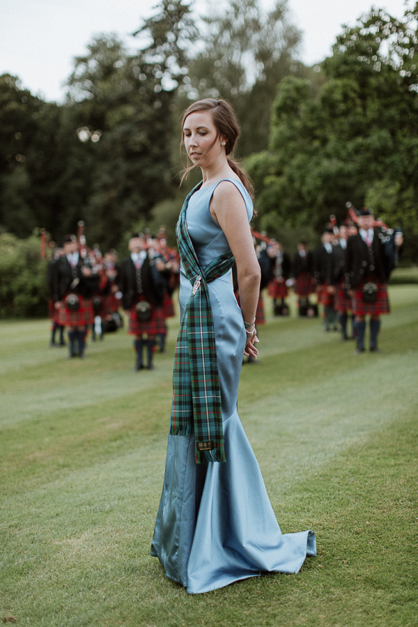 bride with scottish pipers