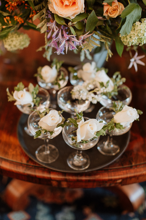 button holes at soarn castle wedding