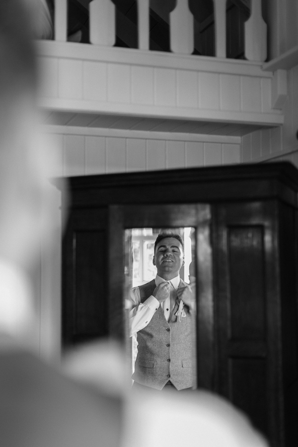 Wedding Photographers Glasgow The Lodge on Loch Goil 16