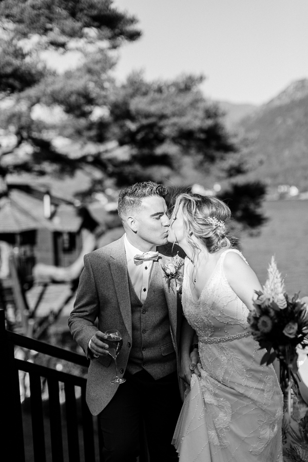Wedding Photographers Glasgow The Lodge on Loch Goil 51