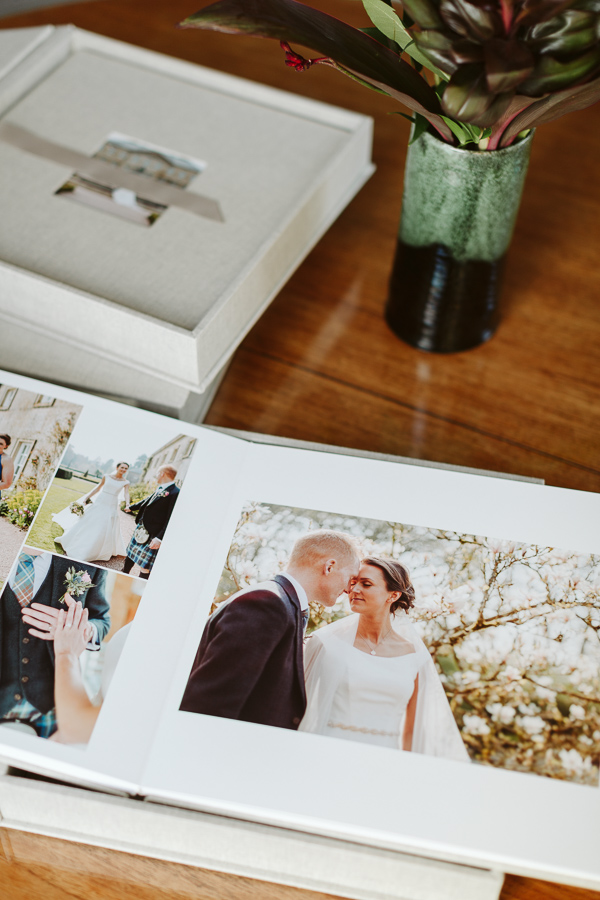 Wedding Photographer Glasgow Albums 22