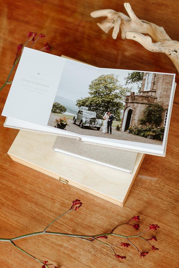 Wedding Photographer Glasgow Albums 34
