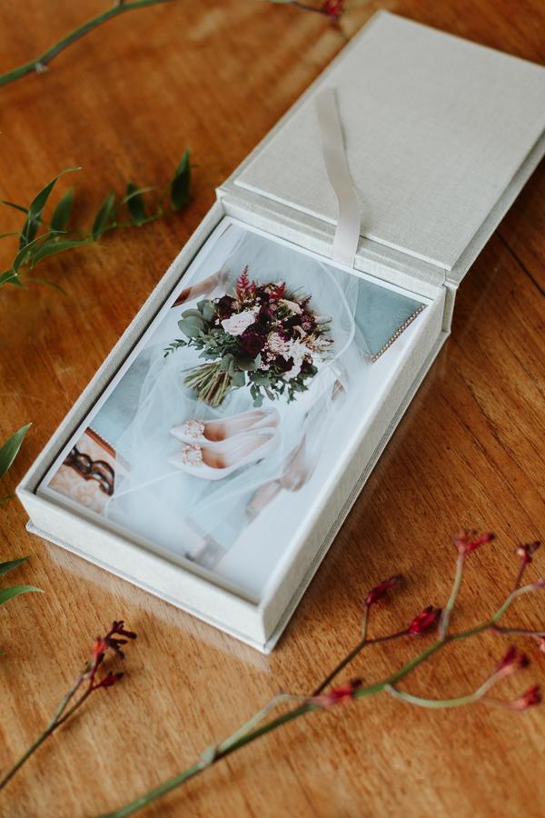 Wedding Photographer Glasgow Albums 46