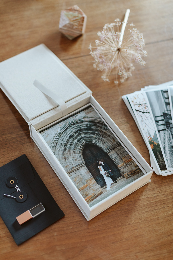 Wedding Photographer Glasgow Albums 60