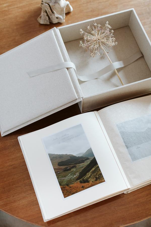 Wedding Photographer Glasgow Albums 79