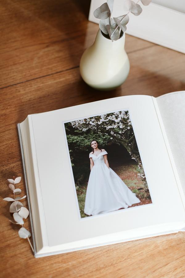 Wedding Photographer Glasgow Albums 8